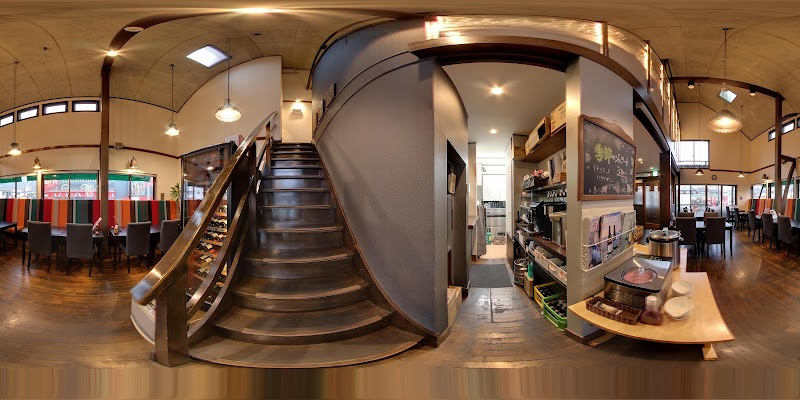 ダイニングレストラン&カフェ アジール
