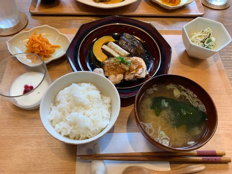 食堂カフェMaho-ROBA
