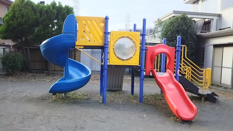 太尾町第三公園 (神奈川県横浜市港北区大倉山 公園 / 公園) - グルコミ