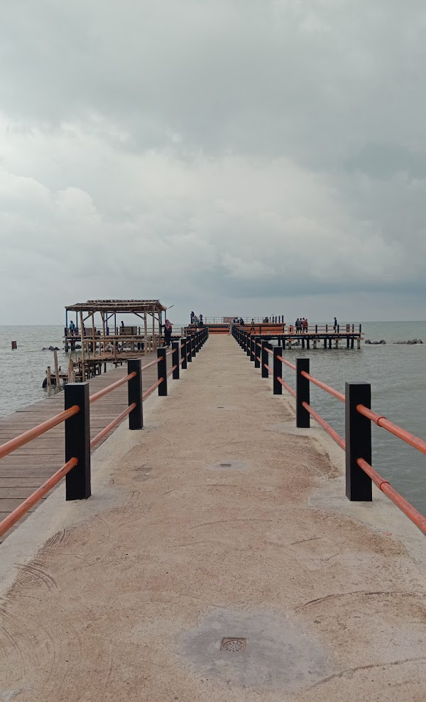 Pantai Tirtamaya