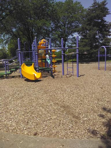 Park «Salter Memorial Park», reviews and photos, 19430 Harper Ave, Harper Woods, MI 48225, USA