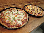 Business Reviews Aggregator: College Heights 2 for 1 Pizza
