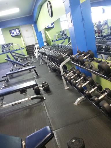 Gym Complexe Maxi Form + in 1350 Boulevard Laflèche ()   CanaGuide