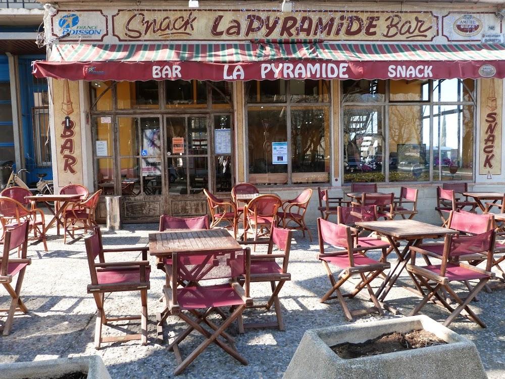 photo du resaurant Pyramide Café