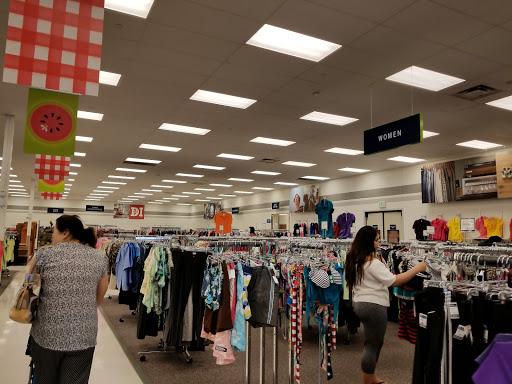 Deseret Industries Thrift Store, 6825 W Bell Rd, Glendale, AZ 85308, Thrift Store