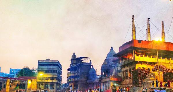 Manikarnika Ghat, best place to visit in varanasi