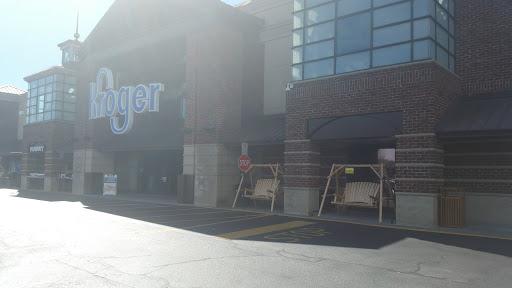Shopping Mall «Sandy Plains Centre», reviews and photos, 2960 Shallowford Rd, Marietta, GA 30066, USA