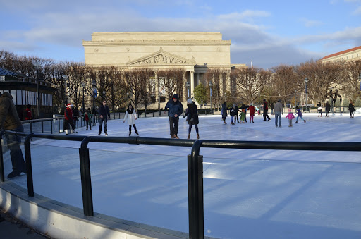 Ice Skating Rink «National Gallery of Art Sculpture Garden Ice Rink», reviews and photos, Constitution Ave NW & 7th Street, Washington, DC 20408, USA