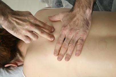 imagen de masajista Healing Hands, Osteopathy Masaje