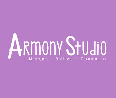 imagen de masajista Armony Studio