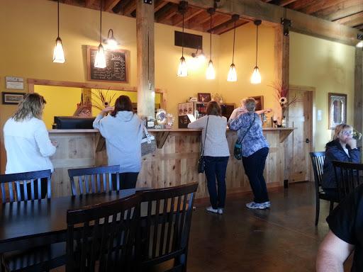Winery «Bodega Victoriana Winery», reviews and photos, 60397 Kidd Rd, Glenwood, IA 51534, USA
