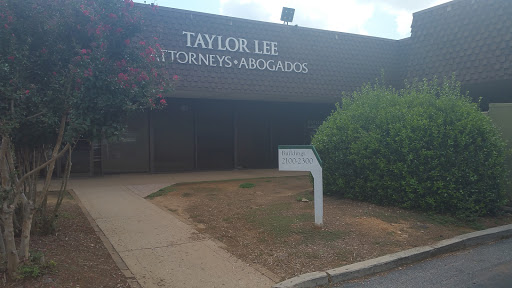 Attorney «Taylor, Lee & Associates LLC», reviews and photos