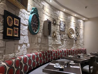 Gypsy Restaurant & Bar
