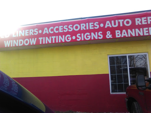 Window Tinting Service «eXtreme Auto Sales Complete Service & Tinting», reviews and photos, 2907 E Main St, Plainfield, IN 46168, USA