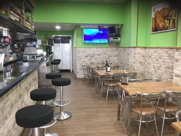 Cafetería Don Pollo