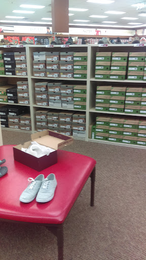 Shoe Store «Famous Footwear», reviews and photos, 3329 N Montana Ave, Helena, MT 59602, USA