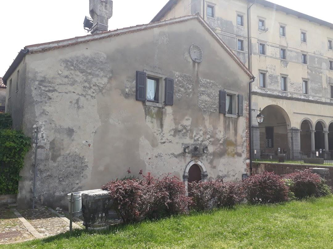 Casa Della Confraternita