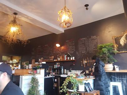 Café Baba Yaga