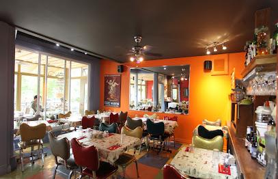 Café Chez-Nous