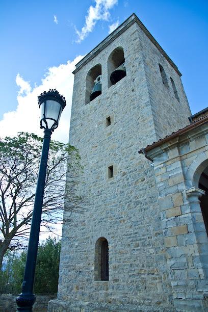Iglesia de San Miguel de Orcoyen