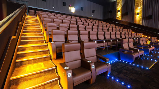 Movie Theater «Frank Theatres Teays Valley Stadium 10», reviews and photos, 170 Erskine Ln, Scott Depot, WV 25560, USA