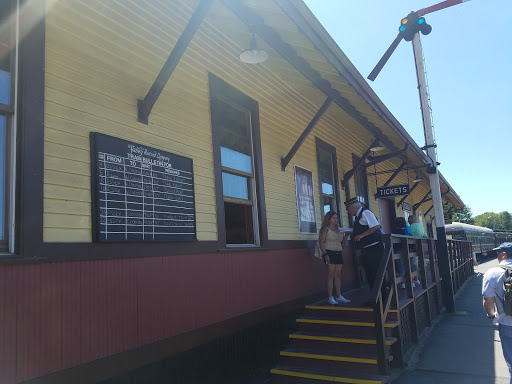 Tourist Attraction «Essex Steam Train», reviews and photos, 1 Railroad Ave, Essex, CT 06426, USA