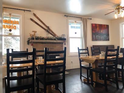 Le Charlotte Café Bistro