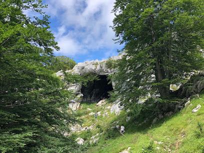 Cueva de Supelegor