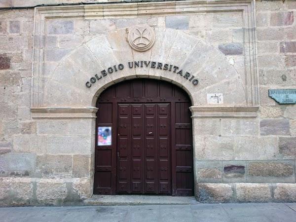 Colegio Universitario Centro de Idiomas