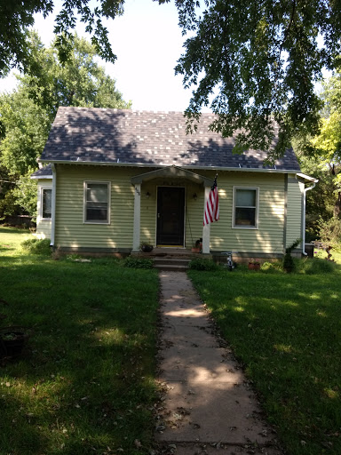 Everett Larson Roofing Siding Seamless Gutters House
