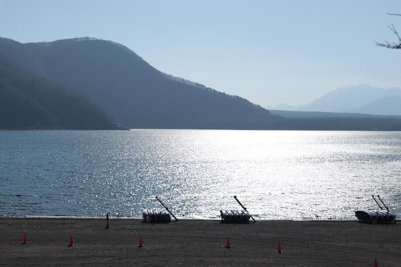 白根 西湖