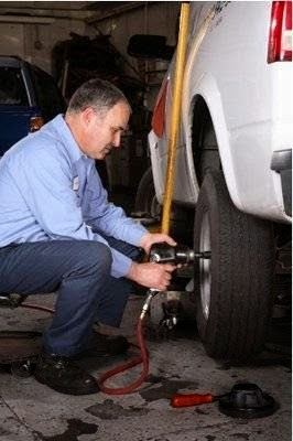 Auto Repair Shop «Pacific Auto Repair», reviews and photos, 124 Highland Ave, Burlingame, CA 94010, USA