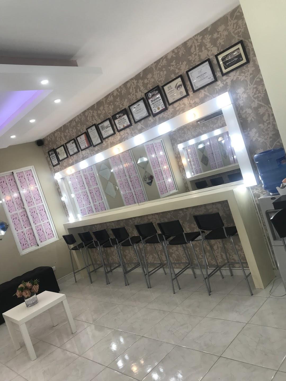 yandira makeup studio