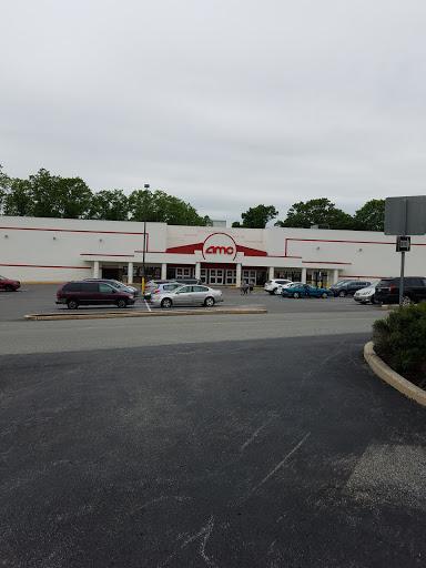 Movie Theater «AMC Marple 10», reviews and photos, 400 S State Rd, Springfield, PA 19064, USA
