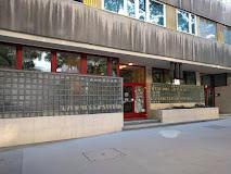 Újra megnyílt a Karinthy Könyvtár