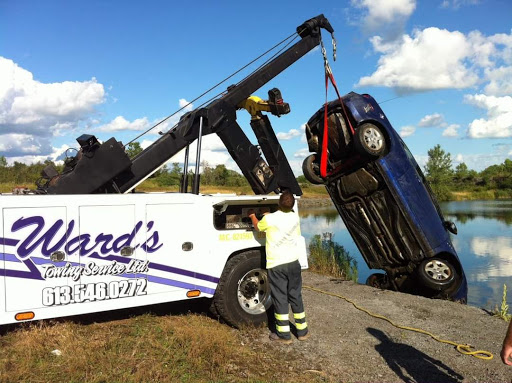 Towing Service Ward's Towing Service in Kingston (ON) | AutoDir