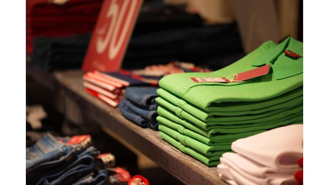 Felipe Thick Clothing
