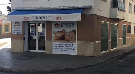 imagen de masajista Instituto Kiros Écija