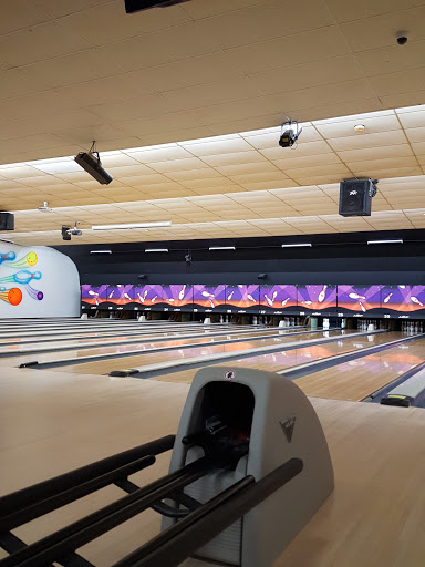 Bowling Alley «AMF Plainview Lanes», reviews and photos, 500 Old Bethpage Rd, Plainview, NY 11803, USA