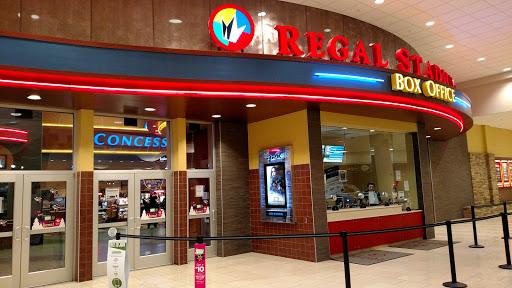 Movie Theater Regal Cinemas Clifton Park 10 Rpx Reviews And