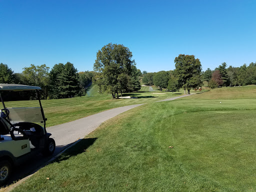 Country Club «Heritage Country Club», reviews and photos, 85 Sampson Rd, Charlton, MA 01507, USA