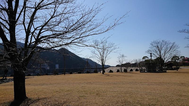 竜門ダム ドラゴンキャンプ場