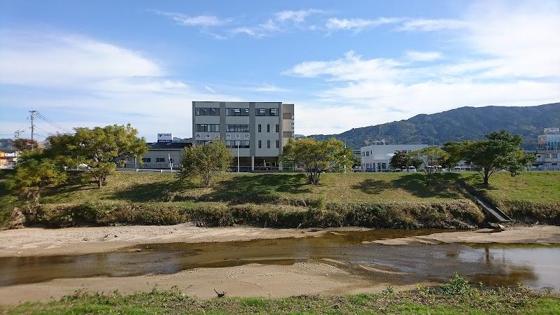 春暉国際学院