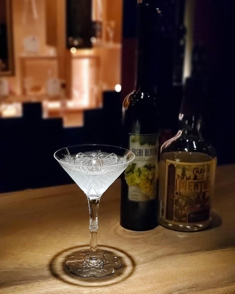 Bar Pálinka バー パーリンカ