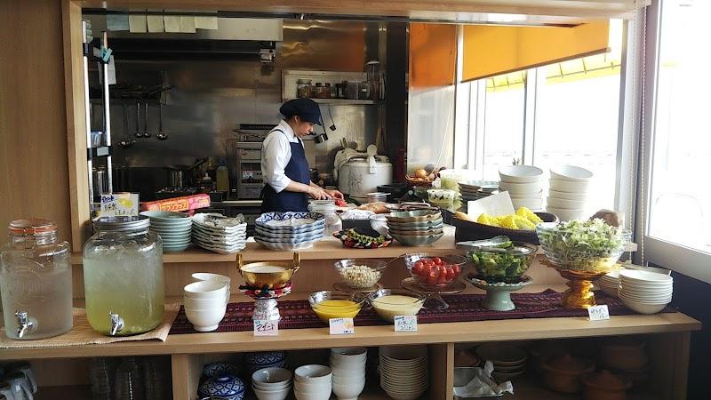 甲府トンロータイ料理