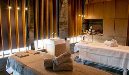 imagen de masajista Rafa Nadal Club Masaje y Spa & Salud y Belleza
