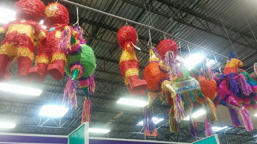 Grocery Store «H-E-B Grocery», reviews and photos, 407 S Adams St, Fredericksburg, TX 78624, USA
