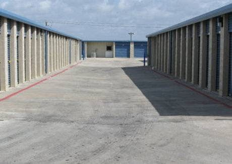 Self-Storage Facility «Stewart & 89th Self Storage», reviews and photos