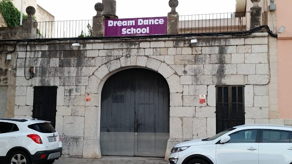 Dream Dance College