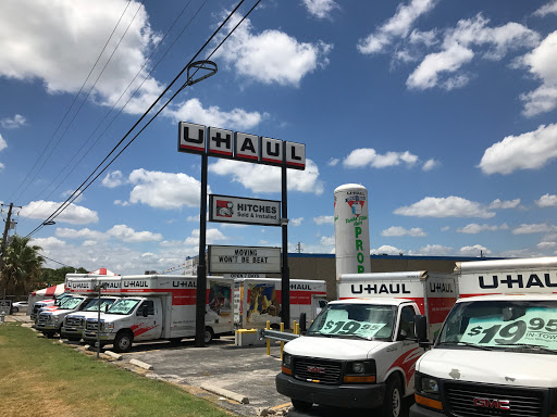 Truck Rental Agency «U-Haul Moving & Storage at Burnet Rd & Hwy 183 S», reviews and photos